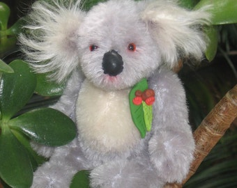 Kylie - a miniature Koala pattern PDF