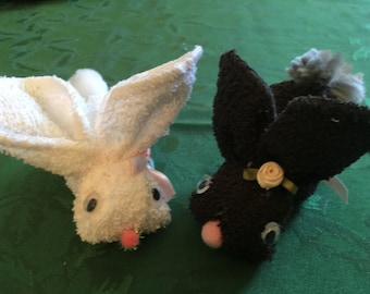 Pair of bunnies made of washcloth