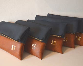 Set of 5 Personalized Clutches / Bridesmaids Gift / Monogrammed Clutch Purses / Gold Initials