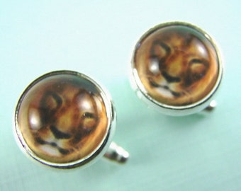 Men's LION Silver Cuff Links -- Bold and beautiful lion cuff links, Silver cuff links for him