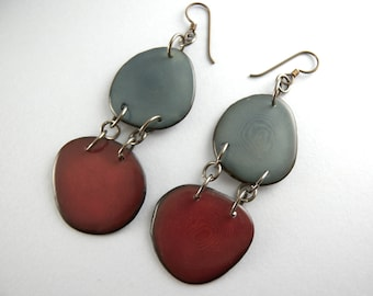 Merlot and Denim Bluejeans Tagua Nut Eco Friendly Earrings with Free USA Shipping #taguanut #ecofriendlyjewelry