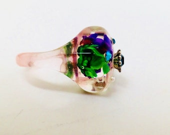 Vintage Lucite Bop Belly Transparent Flower Embedded Embellished Rhinestone Studded 50's Ring Size 7 Mid Century Ring Modern Art Nouveau
