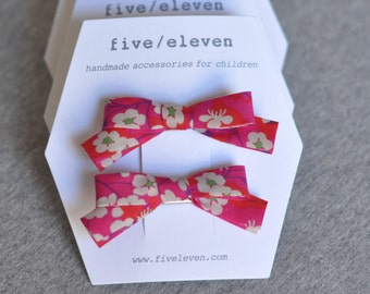 Liberty hair clips. Bow barrettes made with Liberty of London fabric Mitsi