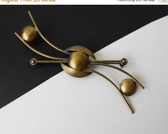 Vintage Abstract Brooch brushed Brass