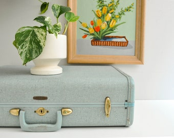 Mid-Century Dusty Blue Samsonite Suitcase - Ultralite Tapered Suitcase