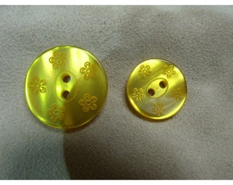Acrylic-flowers - 18 mm - yellow button