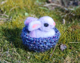 Needle Felted Bunny, Lavender Bunny in Purple Basket, With Carrot, Handmade, Easter Basket, Easter Bunny