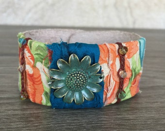 Leather Cuff - Turquoise Daisy