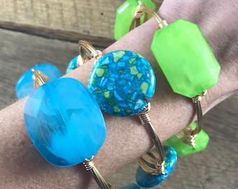 Blue Acrylic Wire Wrap Bangle Bracelet, Blue Bead Bangle, Bourbon and Boweties Inspired, Blue Bangle