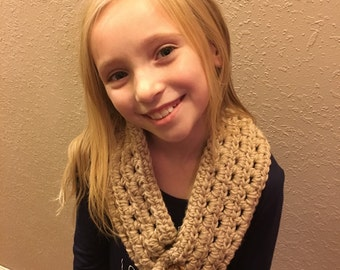 Crochet Scar, kids scarf, crocheted neckwarmer, Toddler baby child crochet scarf warm and cozy