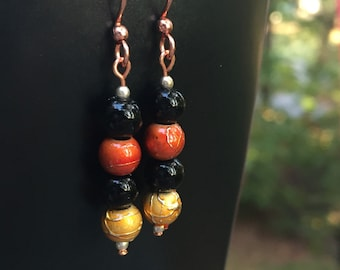 Black bead earrings, bead earrings, team earrings, autumn earrings, edgy earrings, urban earrings
