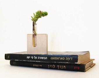 Small vase, Tube vase, Hand made vase, Bud vase, Test tube vase, Upcycled test tube vase, Recycled, Eco friendly gift, wedding gift
