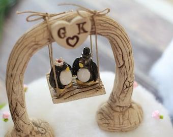 Custom wedding cake topper Bride and groom Penguin cake topper Animal wedding cake topper Funny cake topper