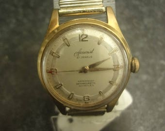 Accurist Vintage antimagnetic nivaflex 21 jewel 100/19-10 mp with expandable gold strap s/wind