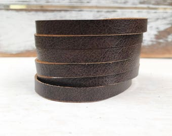 Leather Bangle Bracelet - Walnut