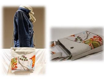Shoulder bag with a floral pattern