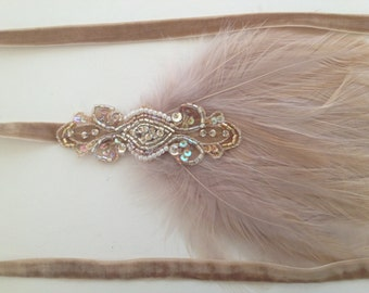 Gold 1920s headband, great Gatsby headband, beige feather headband, flapper headband, beaded fascinator, wedding bridal fascinator