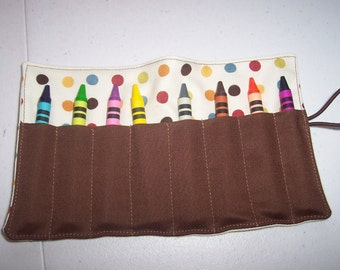 Dots crayon roll up 8 count