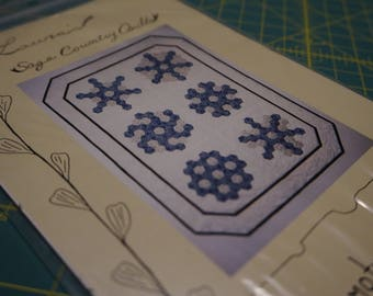 Grandmother's Snowflakes Pattern: Laura's Sage Country Quilts