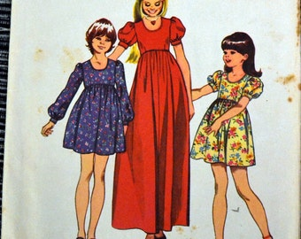 Vintage 1972 Sewing Pattern Simplicity 5386 Girls'  Dress Size 8 Breast 27  Complete