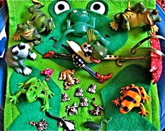 CLEARANCE 50% OFF Twenty Collectible Frogs & Cool Frog Bag