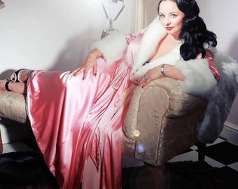 The Hollywood Peignoir Pretty in Pink, with fur trim Glamour in the Boudoir, The Perfect Gift for Her, Valentines Day, Luxury Silk Bath robe