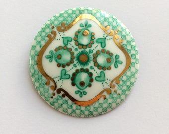 Beautiful Vintage Enamel Floral Pin Brooch