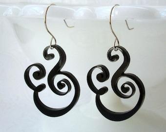 Epershand - Ampersand Earrings