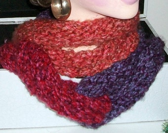 SCARF WOMEN KNITTED   Cowl Knitted Women Teens  Circles  Infinity  Handknit  Cowl  Winter warm Stylish Different