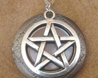 Silver Supernatural Pentacle Locket Necklace Victorian Jewelry Gift Vintage Style