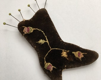 Victorian Shoe Pincushion Vintage Embroidered Velvet Boot Pin Cushion