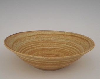 Stoneware serving bowl                                                                                          SHIPPING INCLUDED