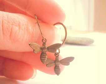 Bee Jewelry, Tiny Bee, Bumblebee Antique Brass Earrings