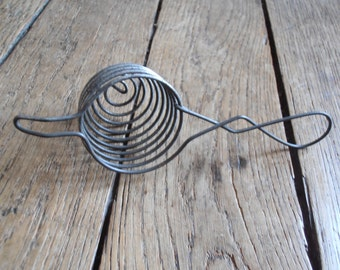 A French vintage wire egg cooker