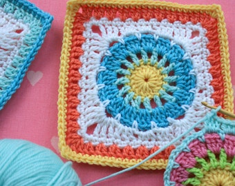 Crochet Square Pattern - Wheel Square - PDF crochet block pattern