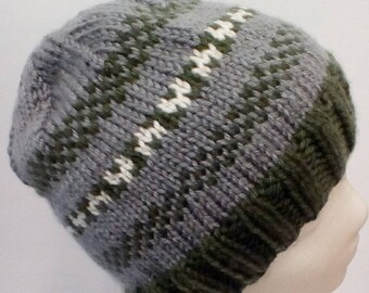 Little Hearts Knitted Hat in Forest Green and Gray