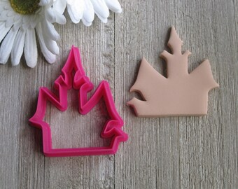 Haunted House Cookie Cutter - Halloween Cookie Cutter - Haunted House Fondant Cutter - Cookie Cutters - Fondant Cutters - 3D Printed Cutters