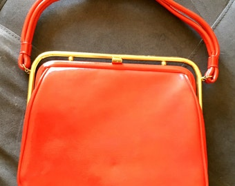 Vintage Mod 50s 60s Vinyl Faux Leather Red Dova Made in USA Purse