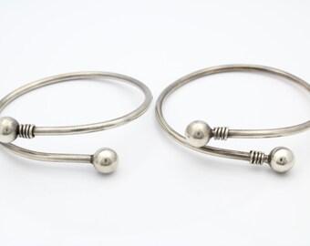 2 Vintage Handmade Sterling Silver SOLID Spiral Snake Bangles 41g. [6549]