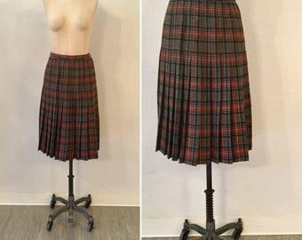 Heath skirt | Vintage plaid pleated skirt | 1970s Pendleton wool skirt
