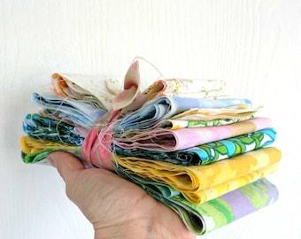 Vintage Sheet Scraps / Top Edge Pieces / Scrap Pack / Quilting Fabrics
