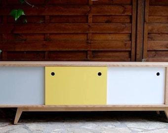 Scandinavian tv Cabinet in oak