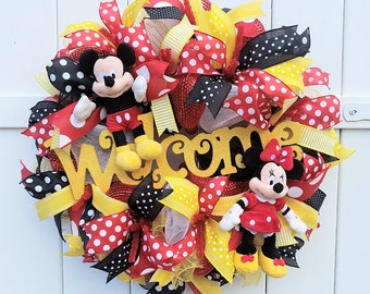Mickey Minnie Wreath, Welcome Wreath, Mickey and Minnie Wreath, Mickey Mouse Wreath, Mickey and Minnie Welcome Wreath for front door