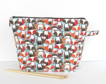 Knitting Bag, Zipper Crochet bag, Knitters Christmas Gift , 2 sizes Small or Medium Project Bag with Foxes and Racoons