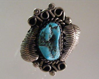 Vintage Turquoise Southwest Ring in Sterling.....  Lot 5438