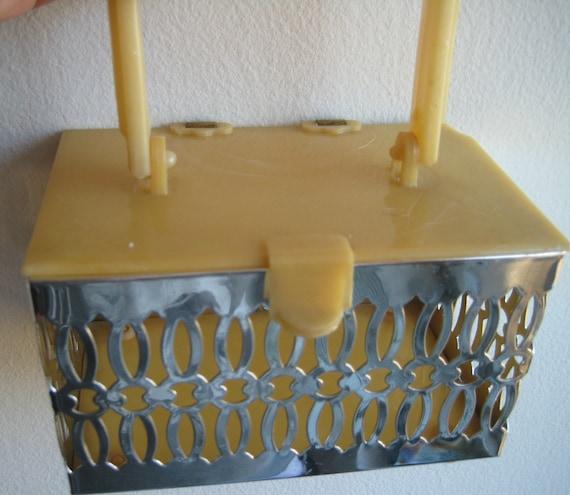 Cute Cut Metal and Lucite Box Purse