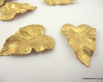 Teardrop Brass Leaf, Detailed Leaf, Decorative Focal Brass Component, 36 x 28 mm, 2 Pieces