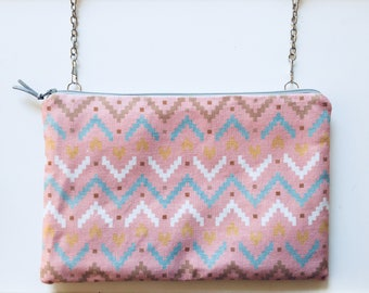 Clutch with detachable chain shoulder strap - model Rosewell
