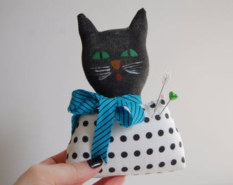 Cat Pincushion, Handmade Folk Art Pincushion, Pincushion Doll