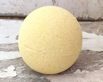 Gold Bath Bomb - Pineapple Bath Bomb - Jasmine Bath Bomb - Pineapple Jasmine Bath Fizzy - Stocking Stuffer - Teen Girl Gift - Vegan Bath